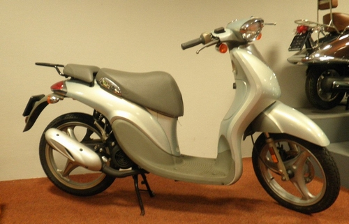 Yamaha Why 2008