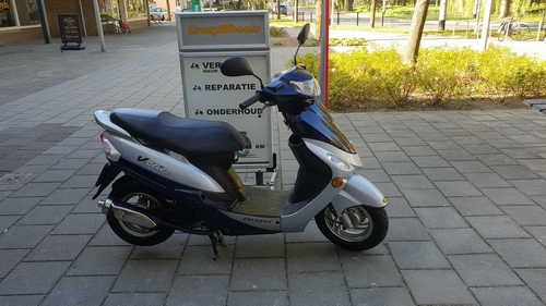 Peugeot V-clic 2010